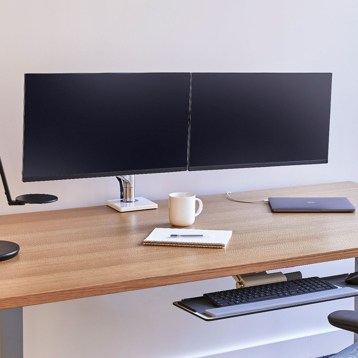 M8 1: Adjustable Dual Monitor Arm   Humanscale