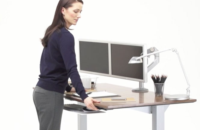 Float Humanscales heightadjustable sitstand table